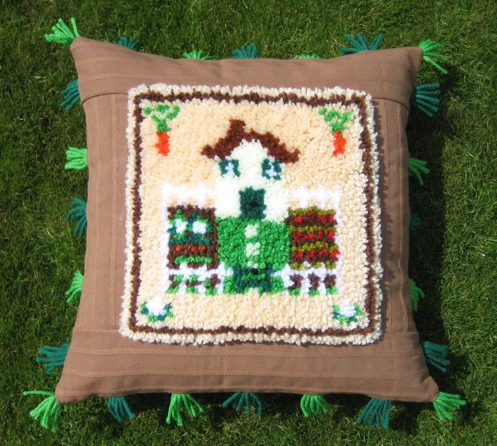 Rag Rug Cushion Kits: Utterly Hooked Designs, Latch Hook Kits For Rugs