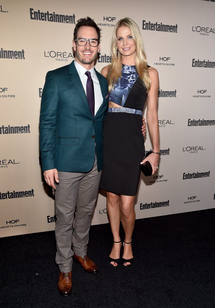 Pin for Later: Mark-Paul Gosselaar and His Wife Make One Gorgeous Couple