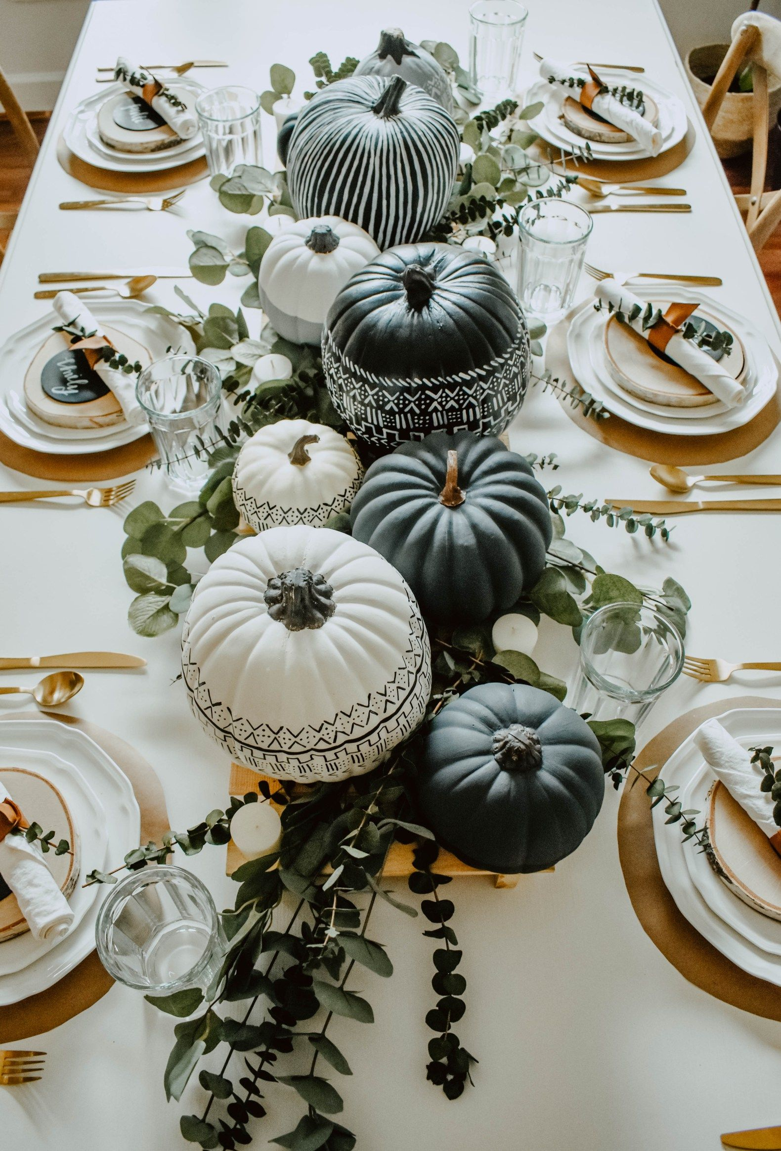 17 Thanksgiving Table Setting Ideas - The Anastasia Co.