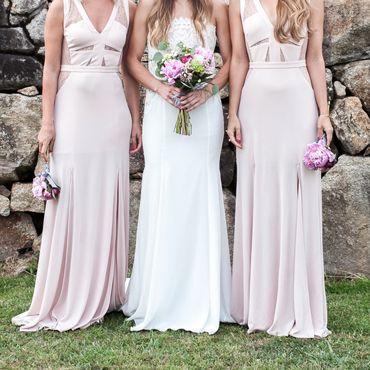 Bridesmaids dress. Damas de honor. Rosa palo. pink. Invitaciones y papelería de boda. peony. peonías. bouquet peony. Laura Monge.