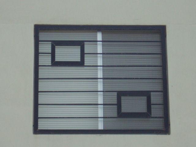 Imagen de modelo de verjas de ventana contempor neas con for Ventanas modelos