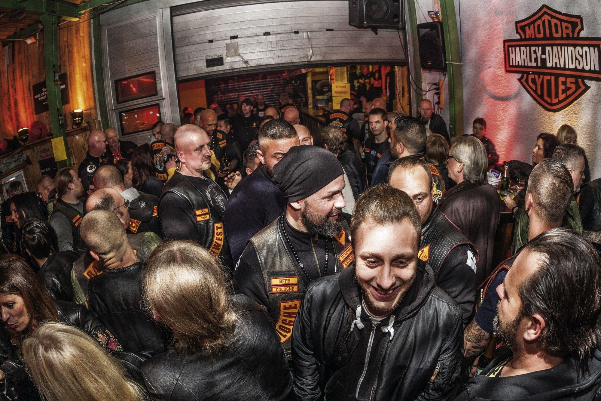Szene Clubleben Bandidos MC Unna Schlagerparty | Bandidos MC