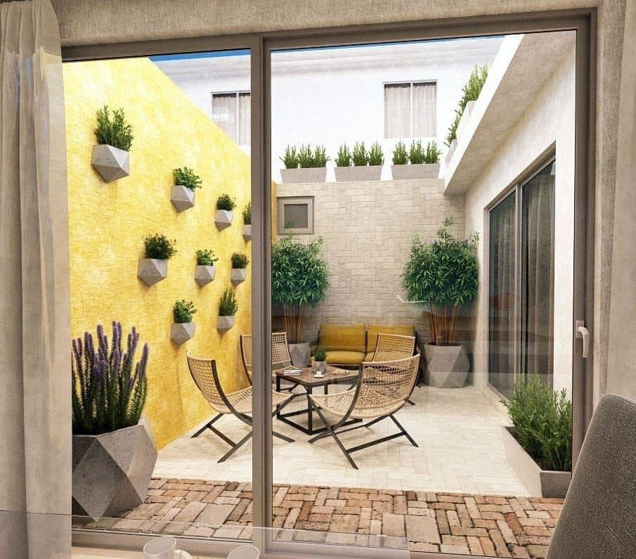 Jardines De Interiores Pequenos En 2020 Decoracion De Patio Exterior Diseno De Patio Decoracion Patios Interiores