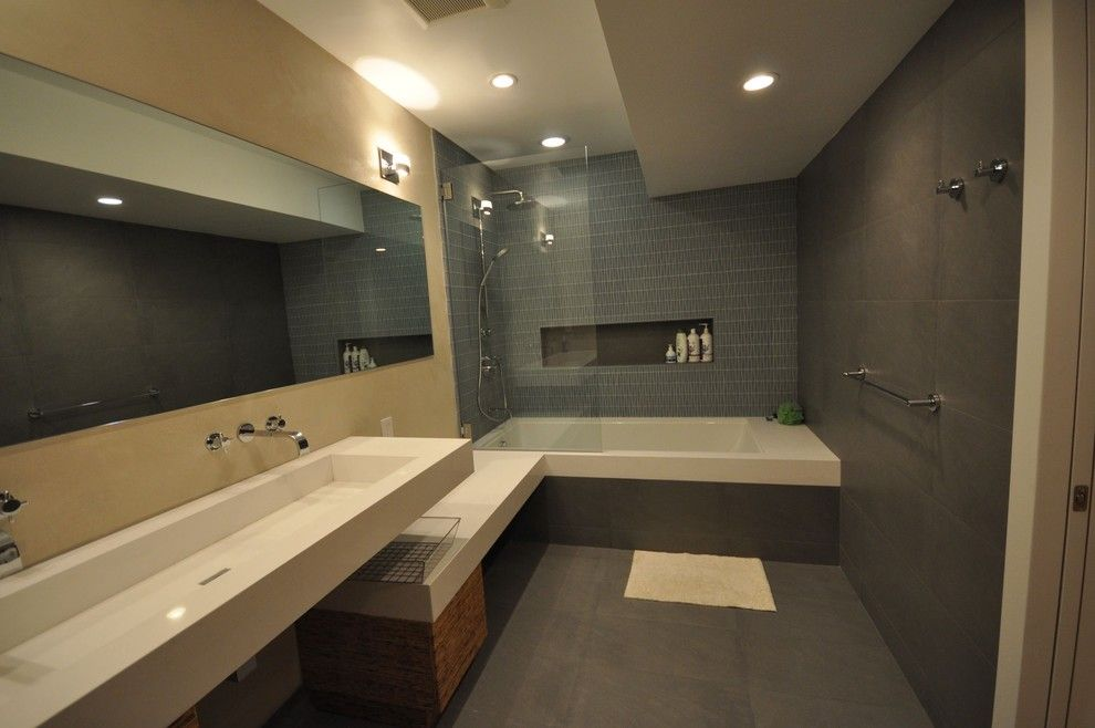 tub shower combo ideas Bathroom Contemporary with down lights jack ...