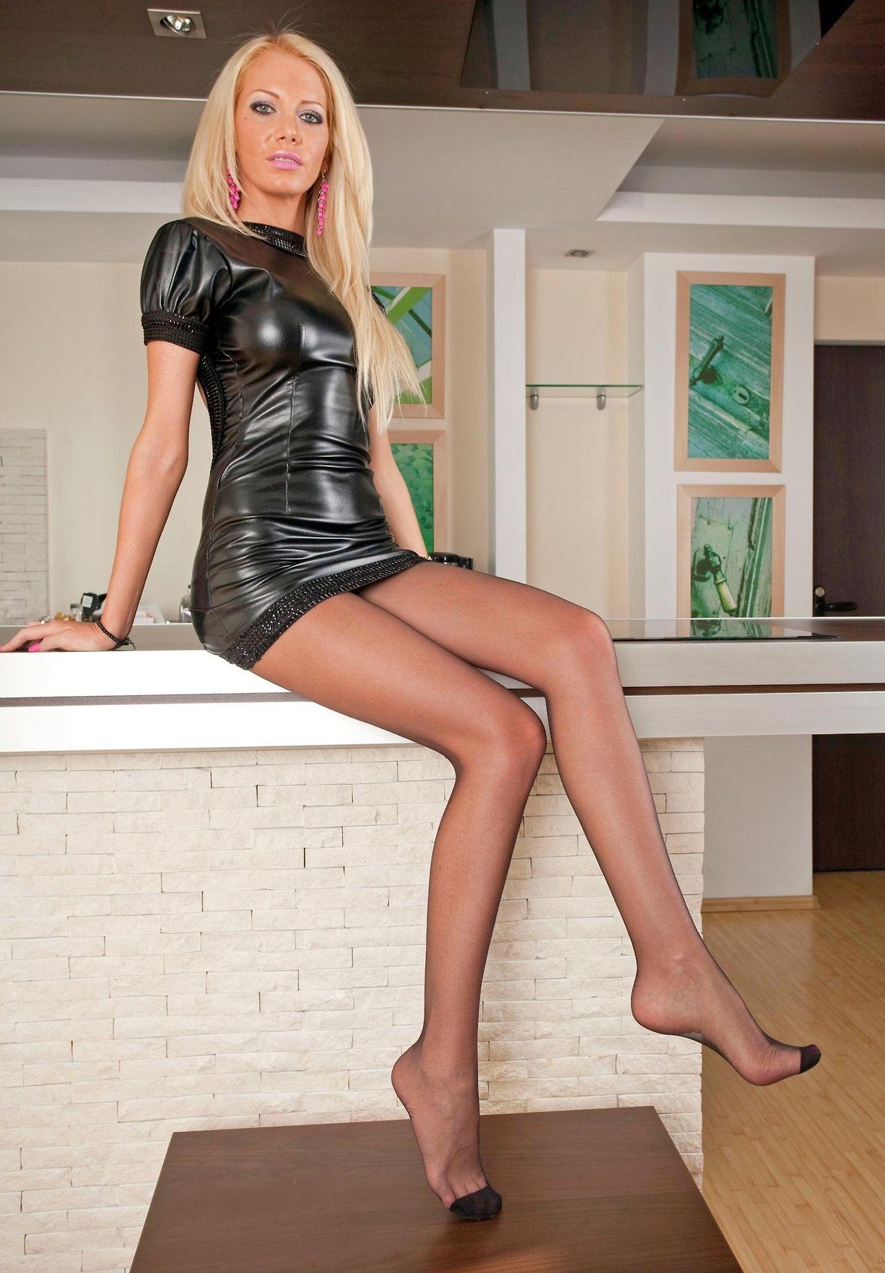 533 best Legs, Feet, Nylons. images on Pinterest | Nylon