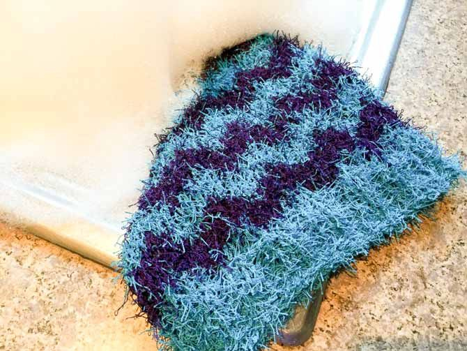 Double thick chevron Scrubby cloth being put through it\'s paces with ...