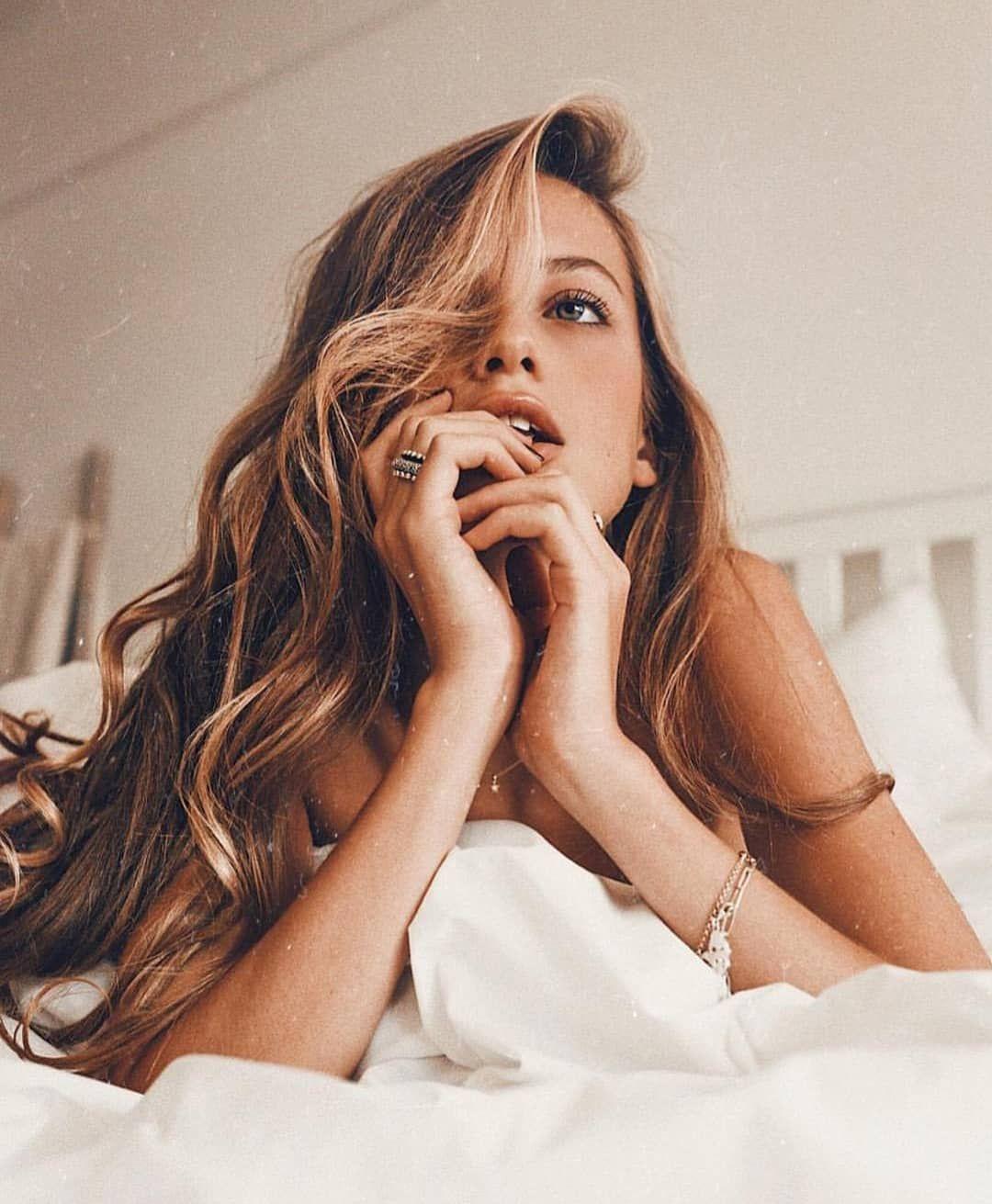 """ᗰOO ᑎ ᒪ O ᐯ Eᖇᔕ auf Instagram: """"Versuche zu lernen, tief zu atmen, Essen wirklich zu schmecken, wenn du isst und wenn du schläfst, wirklich zu schlafen. Versuche so viel wie möglich zu sein…"""""""