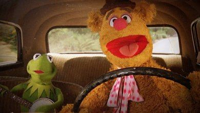 Fozzie Bear and Kermit the Frog Sing 'Express Yourself' by NWA