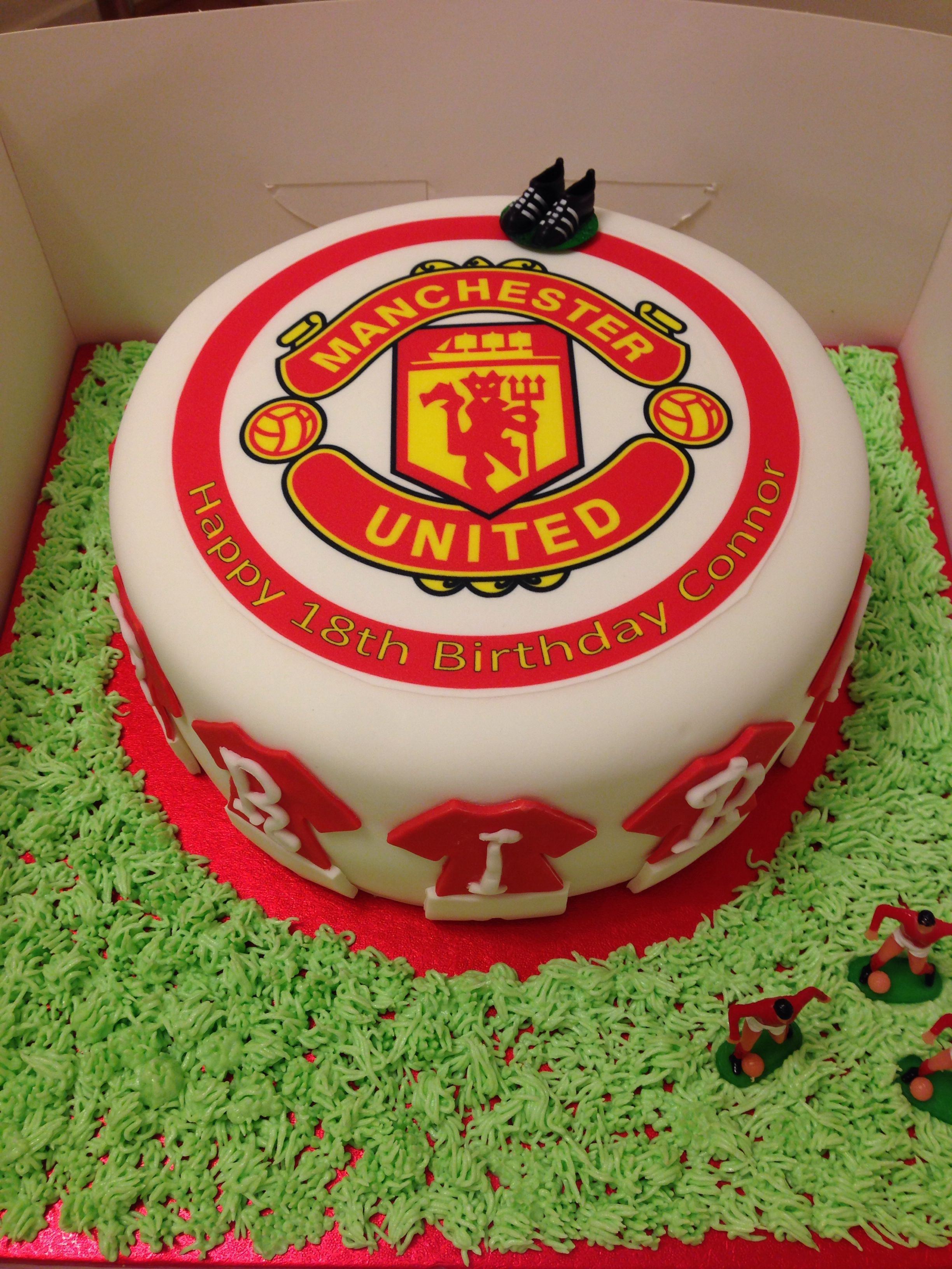 A Manchester United Chocolate Fudge Cake Made By Yours Truly For My Brothers 18th Birthday Cake Designs Birthday Chocolate Fudge Cake Boy Birthday Cake