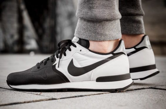cohete Atlas probabilidad  Black & White Join Forces On The Nike Internationalist • KicksOnFire.com |  Sneakers men fashion, Nike internationalist, Fresh sneakers