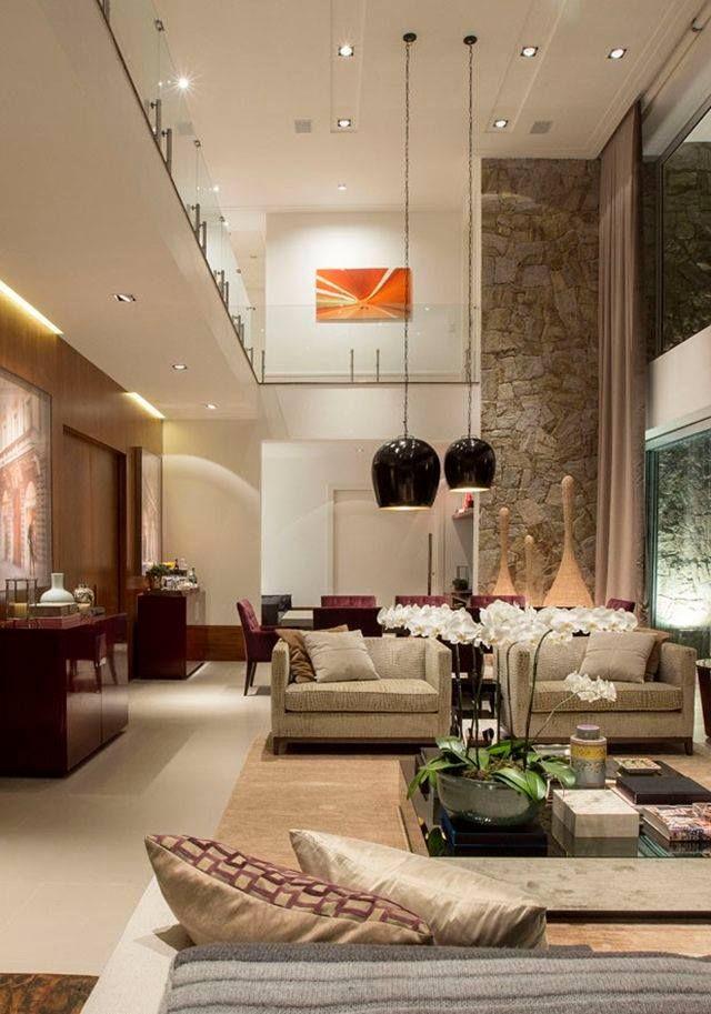 Sala y comedor techo doble alto living iluminaci n for Diseno de interiores sala de estar comedor