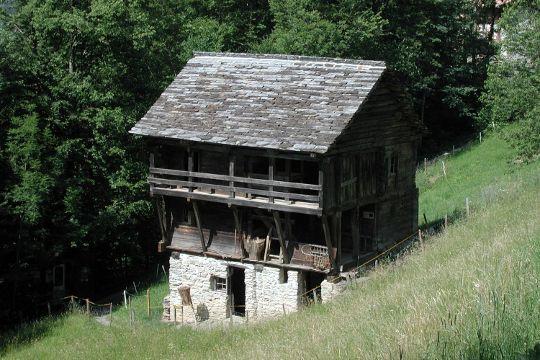 Chalet Traditionnel Savoyard : Le chalet savoyard vernacular architecture pinterest