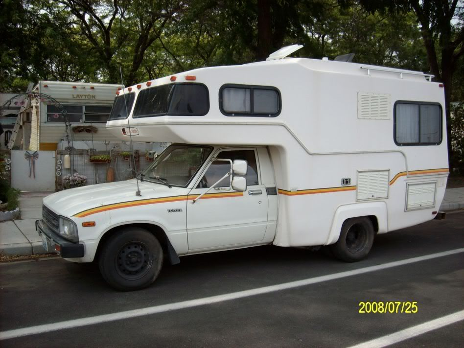 Toyota Dolphin Rv Truck Campers For Sale Toyota Camper Slide