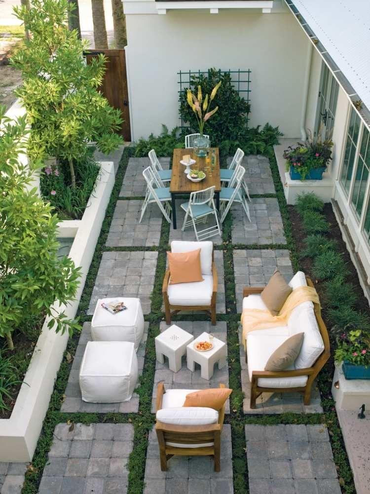 Muster mit Pflastersteinen und Rastenstreifen kreieren - terrasse anlegen ideen