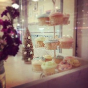 :: yummy cupcakes from Magnolia Bakery in NYC ::