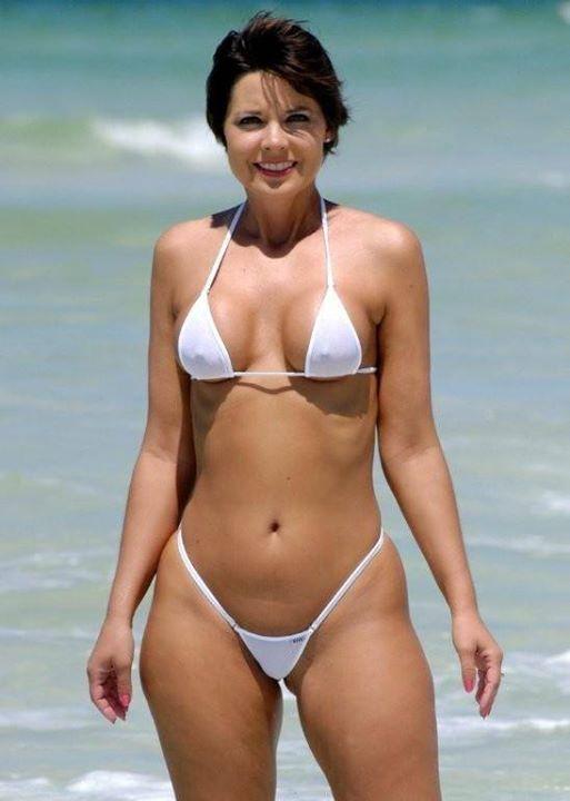 Damn Momma Still Lookin Good In That Bikini Bikini Xpo Pinterest Swimsuits Bikini Babes