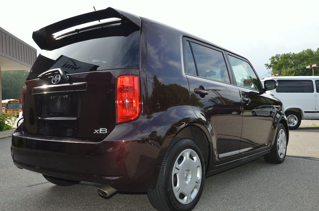 Rear Right Side View Of The 2009 Toyota Scion Xb For Sale Toyota Scion Xb Scion Xb Scion