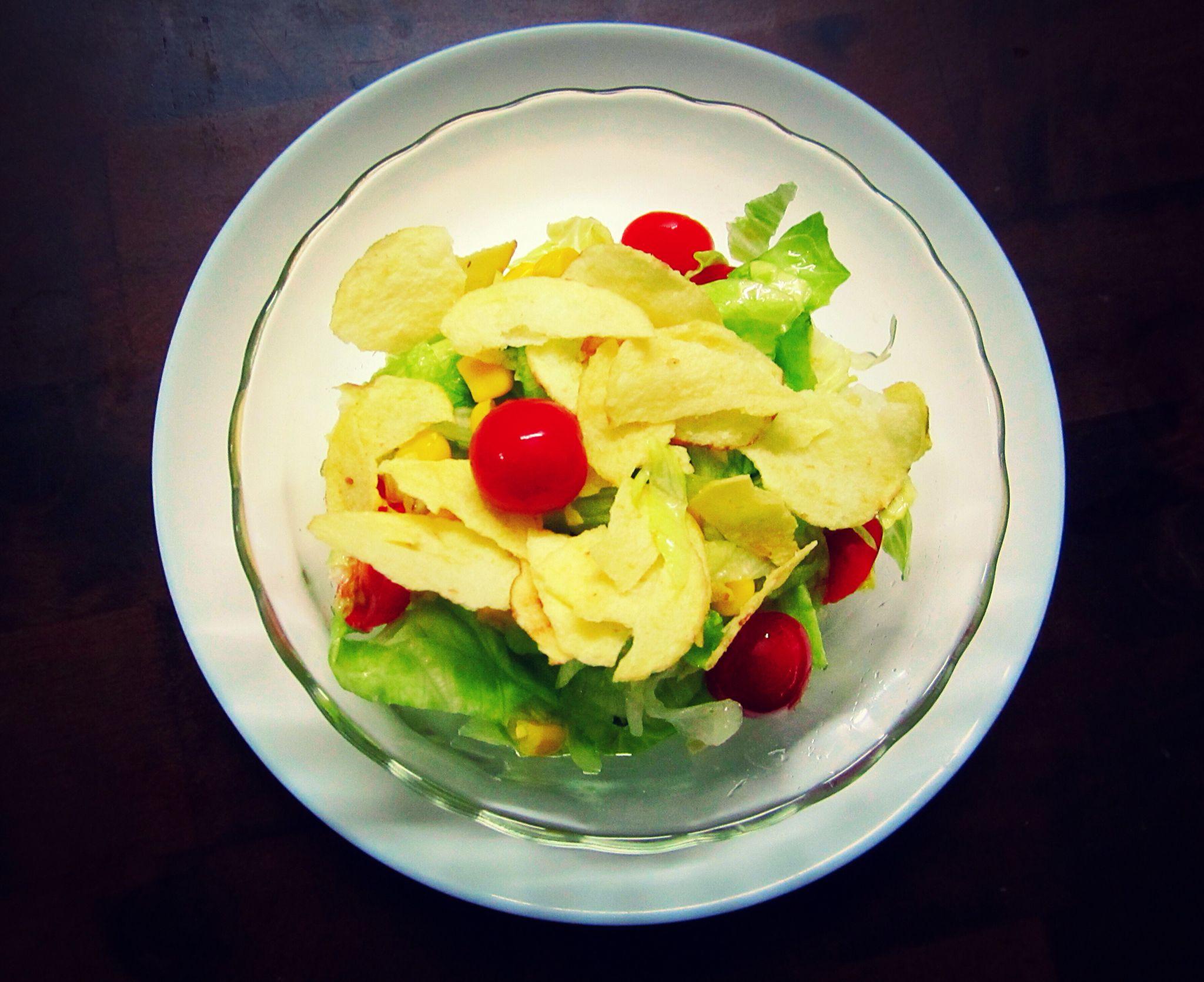 Corn and iceberg lettuce salad | Lettuce salad, Delicious ...