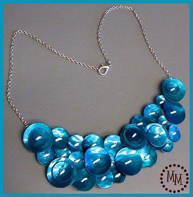 button bib necklace tutorial
