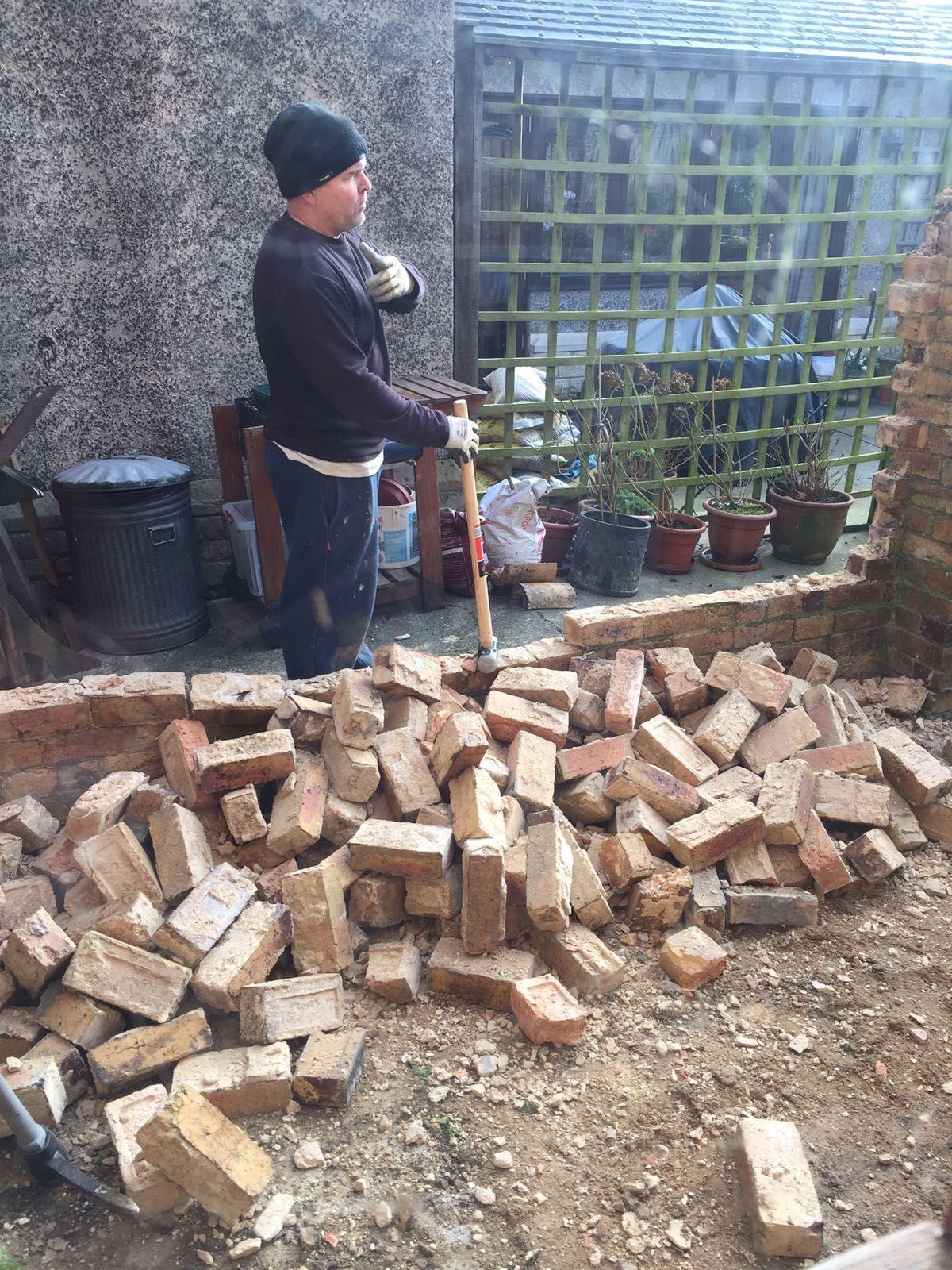 Day 1 starting! #victorianhouse #victorianhouserenovation #extension #singleatoreyextension #kitchendinerproject #buildingproject