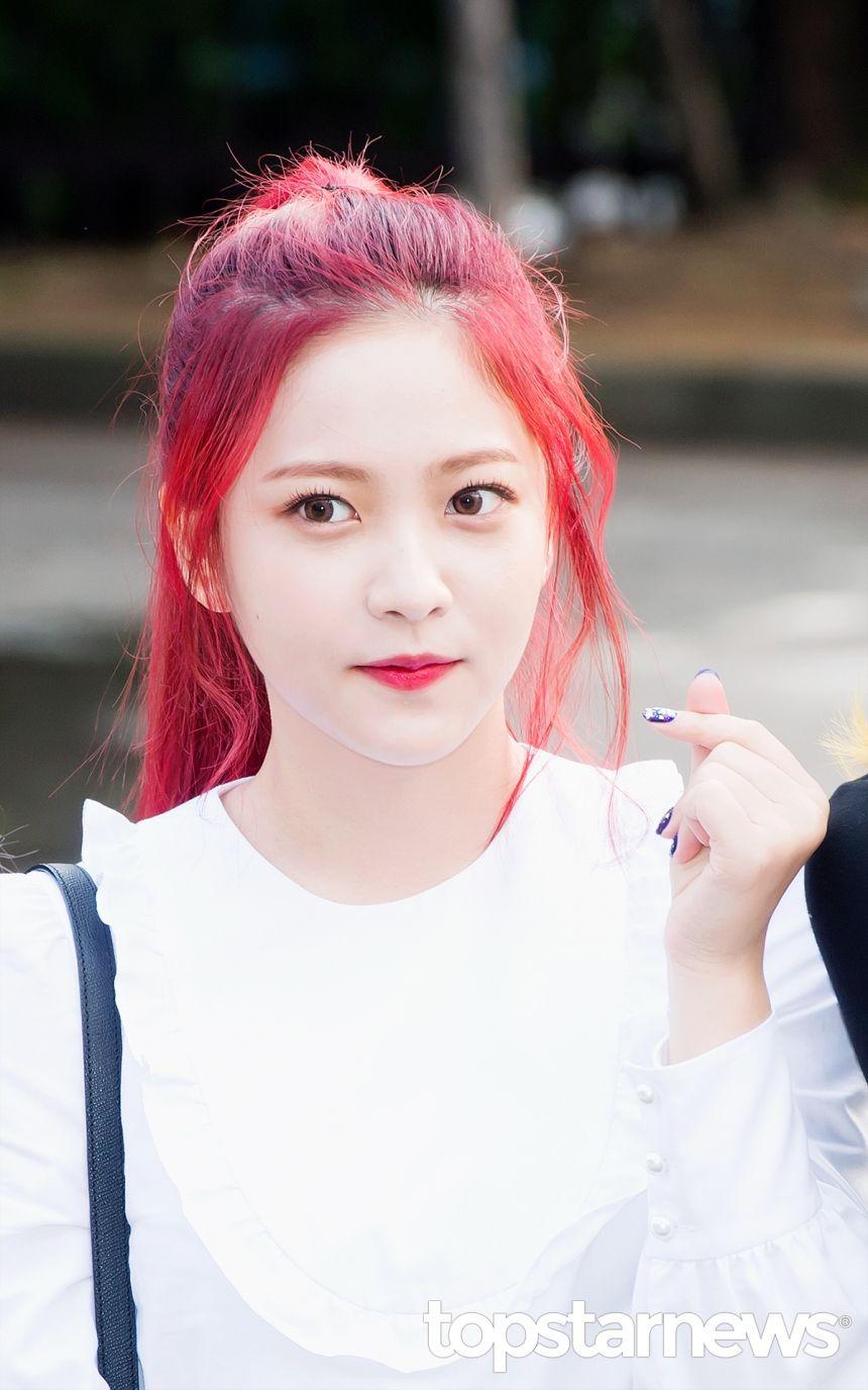 [HD포토] 레드벨벳(Red Velvet) 예리 오늘도 예쁨 가득한 예리美 (뮤직뱅크 출근길) #topstarnews