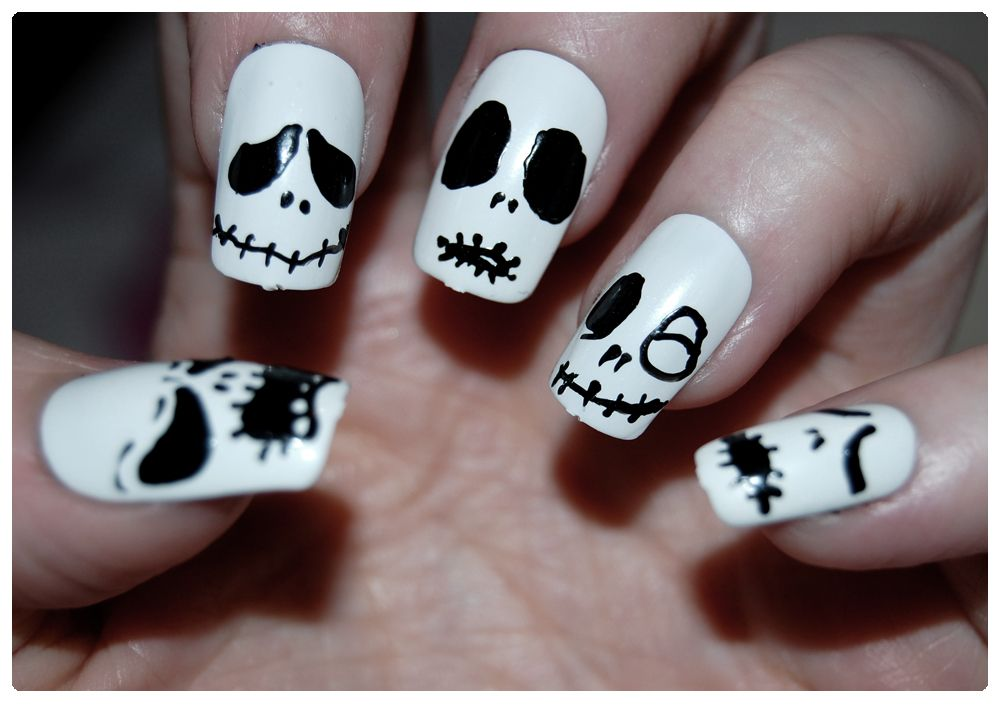 Jack Skellington Nails | Skull nails, Skull nail designs ...