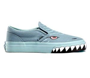 1d5993edb2 Vans Classic Slip-on Shark Kids Shoes (lead grey mist)