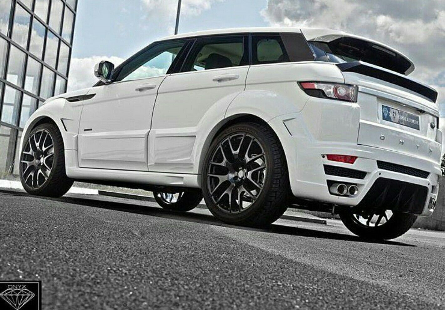 2012 land rover range rover evoque by onyx