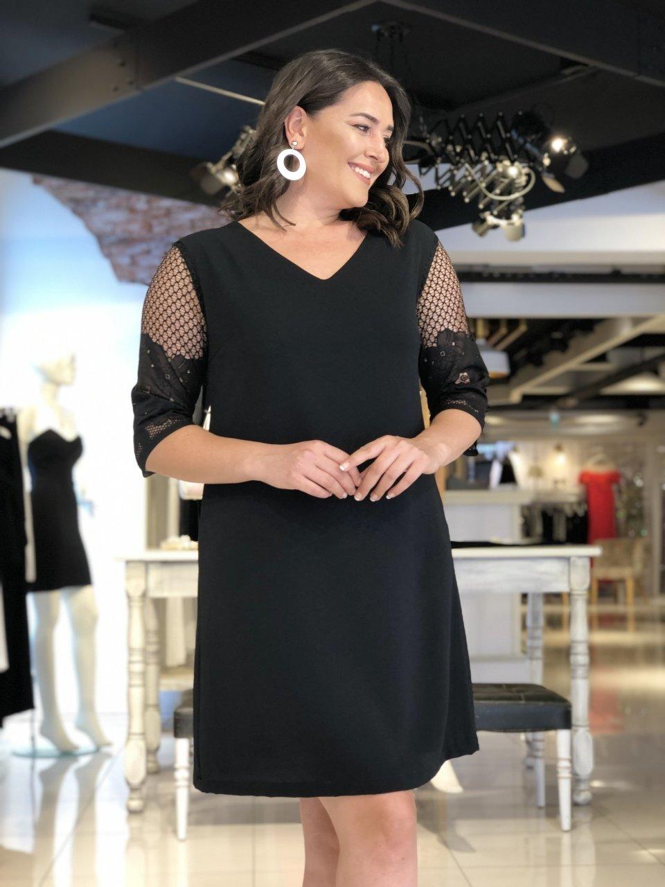 Tuvidxxl Adli Kullanicinin Buyuk Beden Elbise Modelleri Panosundaki Pin Kadin Giyim Moda Stilleri Giyim