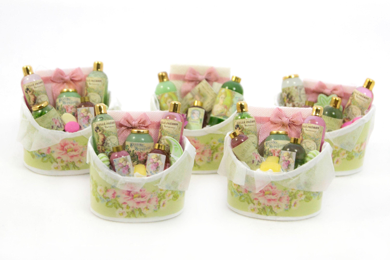 Cesta perfumes, cesta verde y rosa, perfume regalo, cesto romántico ...