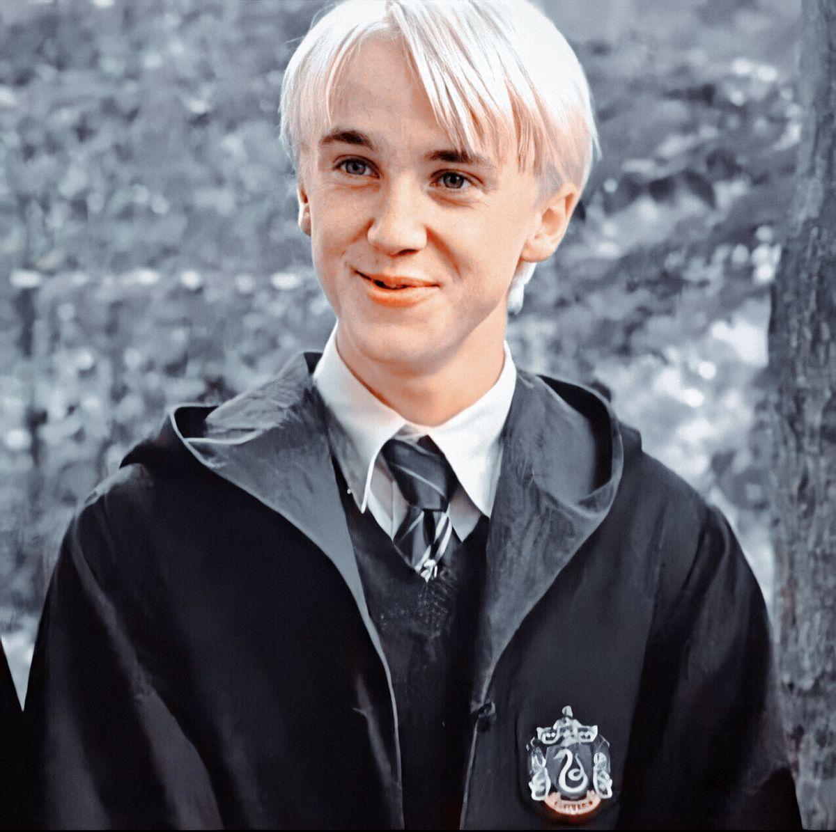 Draco Malfoy Hpmcurc Draco Malfoy Draco Malfoy Hot Harry Potter Draco Malfoy