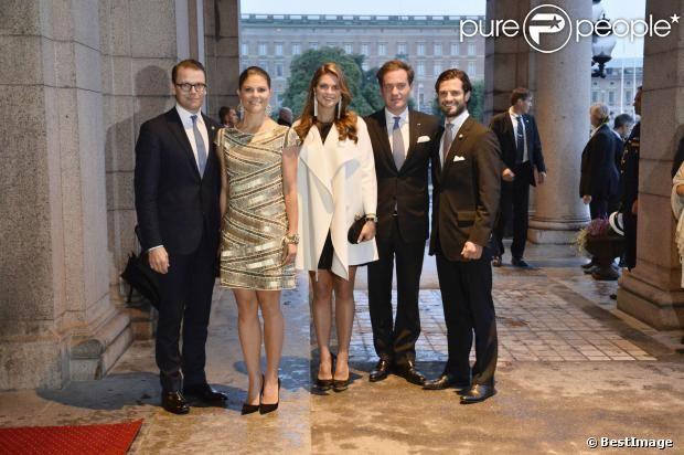 MYROYALS &HOLLYWOOD FASHİON: Swedish Royal Family-Prince Daniel, Crown Princess Victoria, Princess Madeleine, Chris O'Neill, and Prince Carl Philip attend a performance of The Magic Flute, Royal Swedish Opera