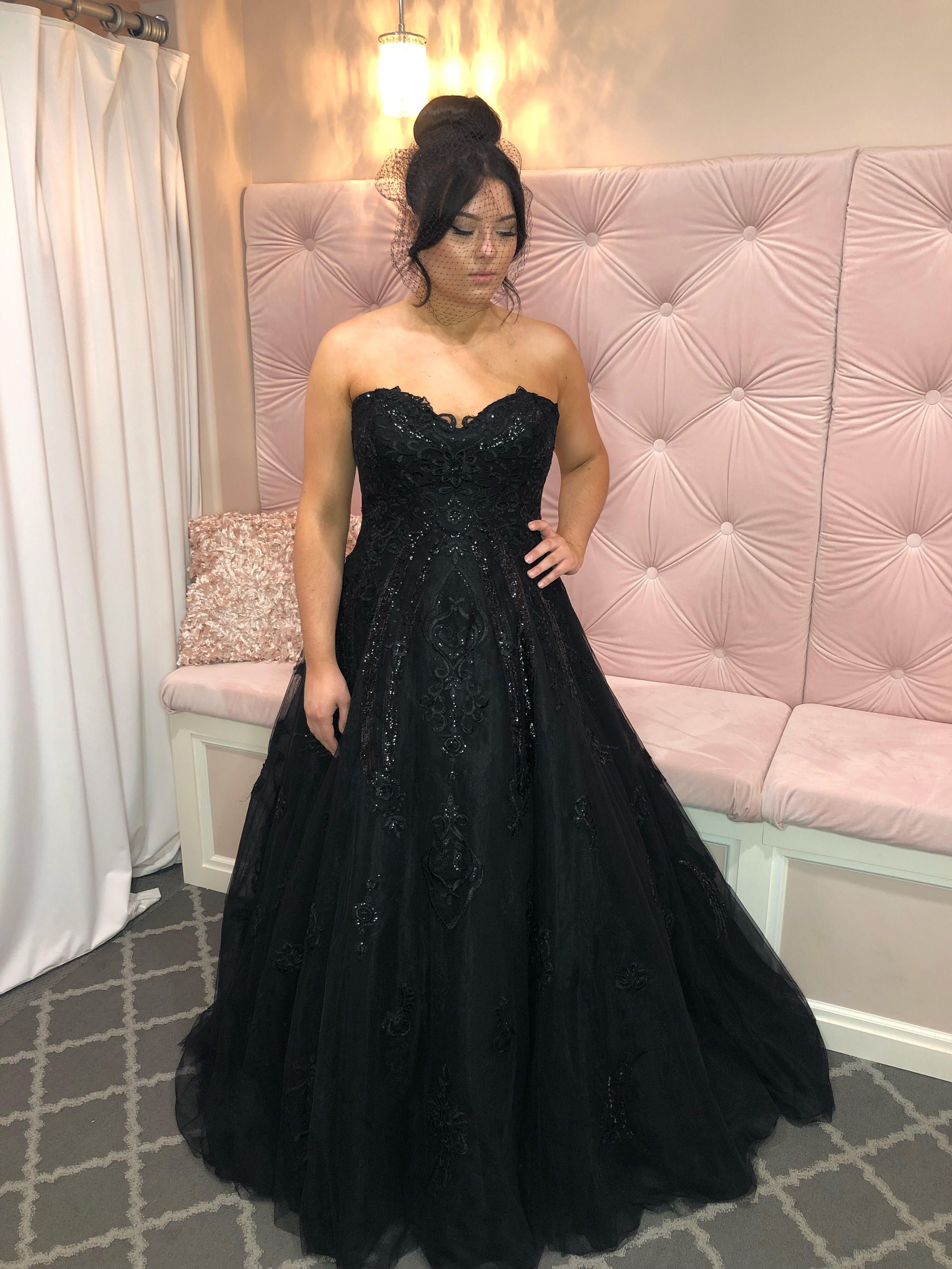 Perfect For The Alternative Bride This Black Wedding Gown