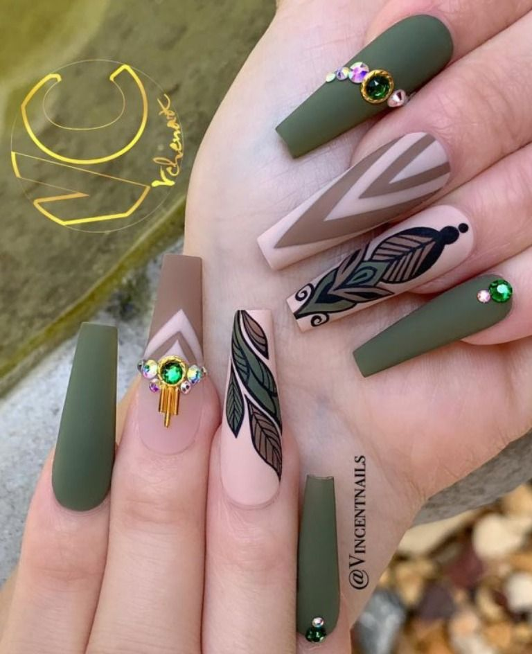 The Best Nail Trends For Cute Fall Manicure Fall Nail Designs Coffin Shape Nails Green Nail Designs