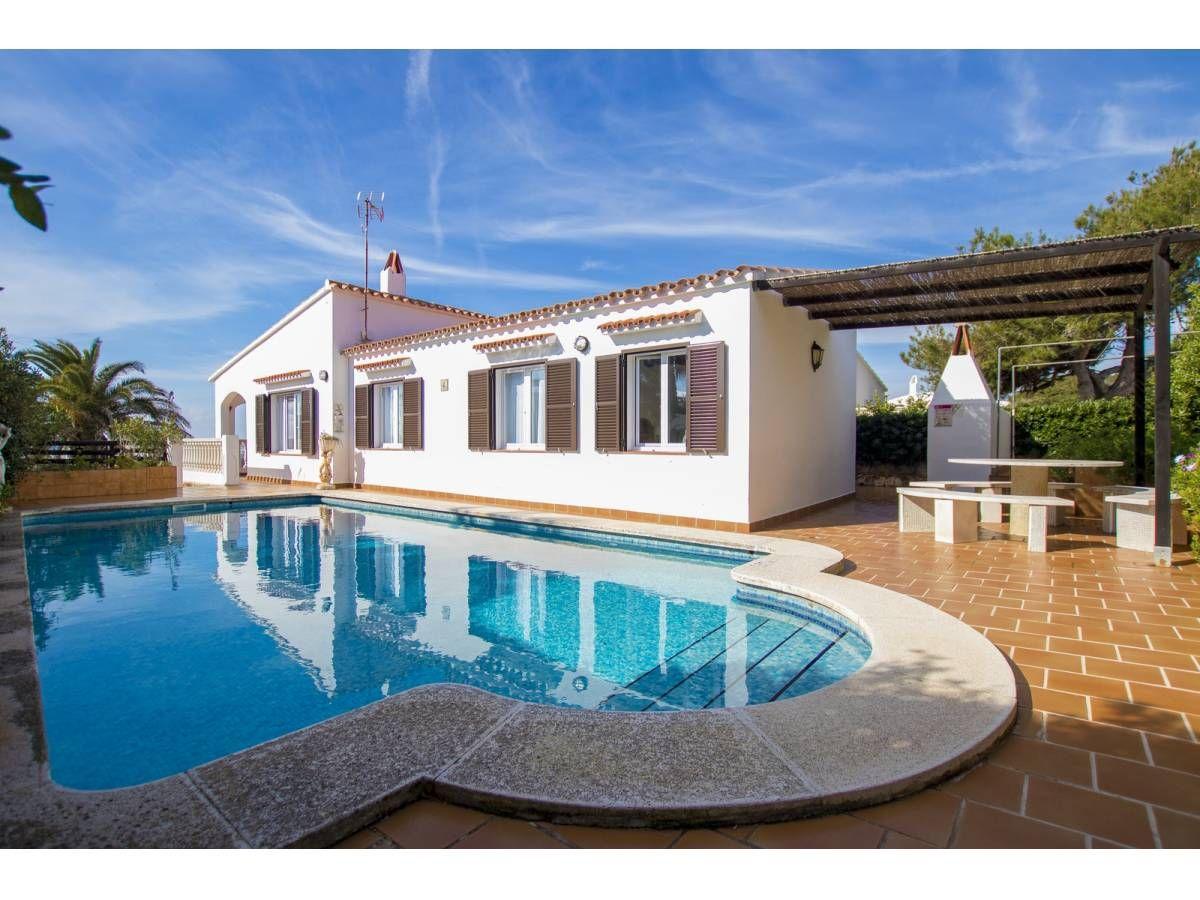 Belle Villa Avec Vue Sur La Mer à Binibeca Vell Minorque 2 Chambres 1 Salles De Bain 106 M² Sant Lluis Minorque Villa A Vendre Minorque Vente Maison