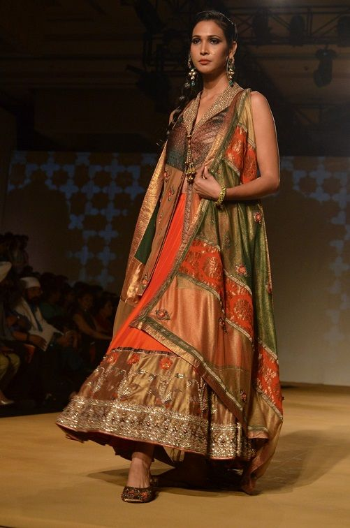 Fashion: Ashima and Leena at India Bridal Fashion Week 2013