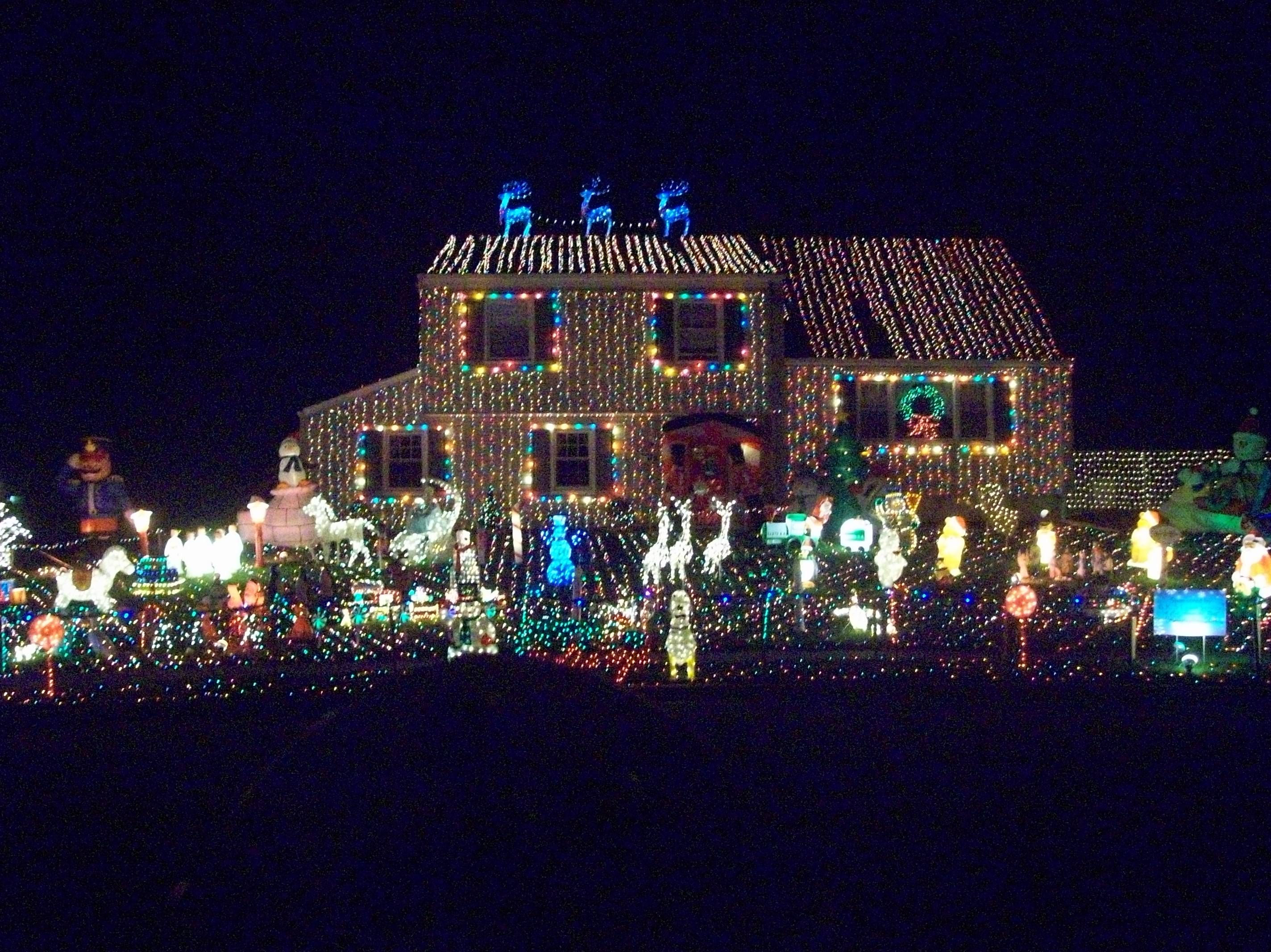 These homes take decorating for the holidays extremely seriously ...