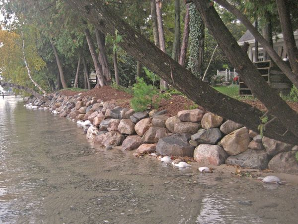 Rip rap design shoreline protection robinsons landscaping and rock wall along lakefront solutioingenieria Choice Image