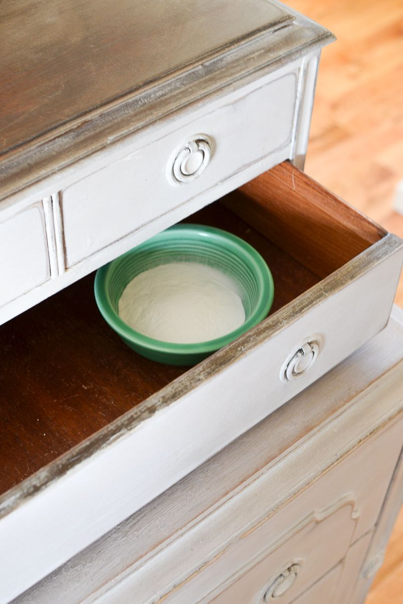 5 Ways To Remove That Musty Smell From Old Furniture Drawers Smell Old Dresser Drawers Old Furniture
