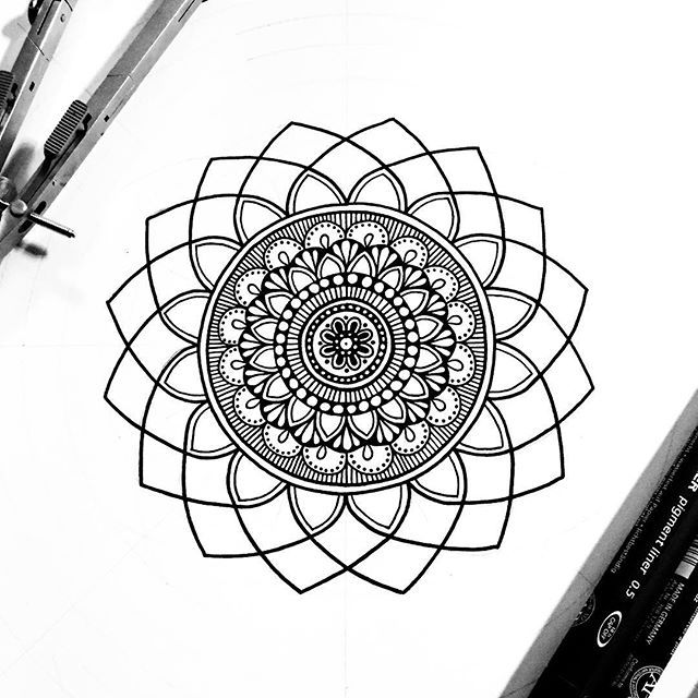 Instagram photo by Lizzie Snow ॐ Mandalas&Murals • Jul 9