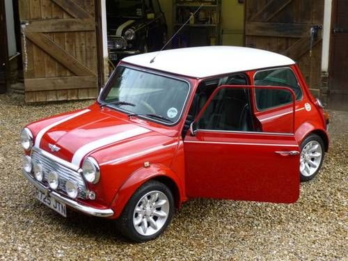 Clic Mini Cooper Vintage Car British Old