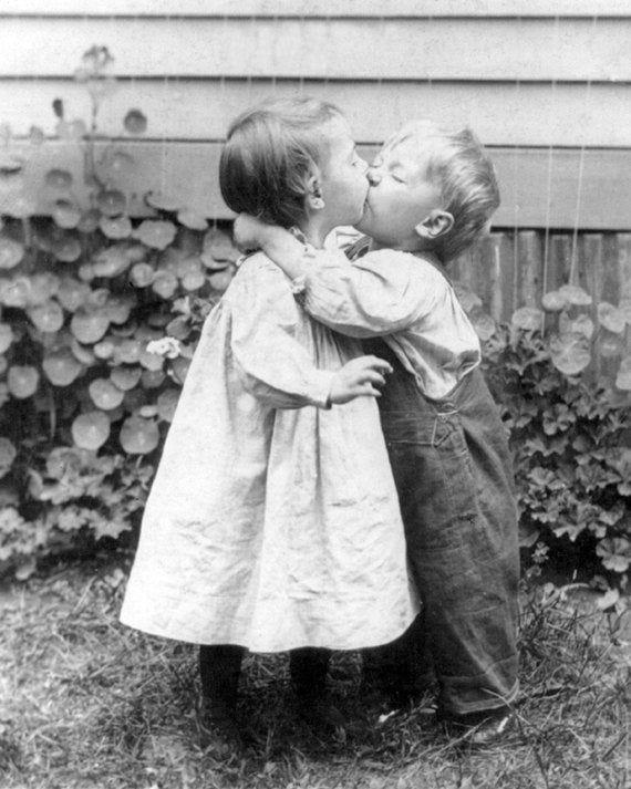 Vintage Image Kissing Cuties Little Boy Little Girl 1900s 8 X 10