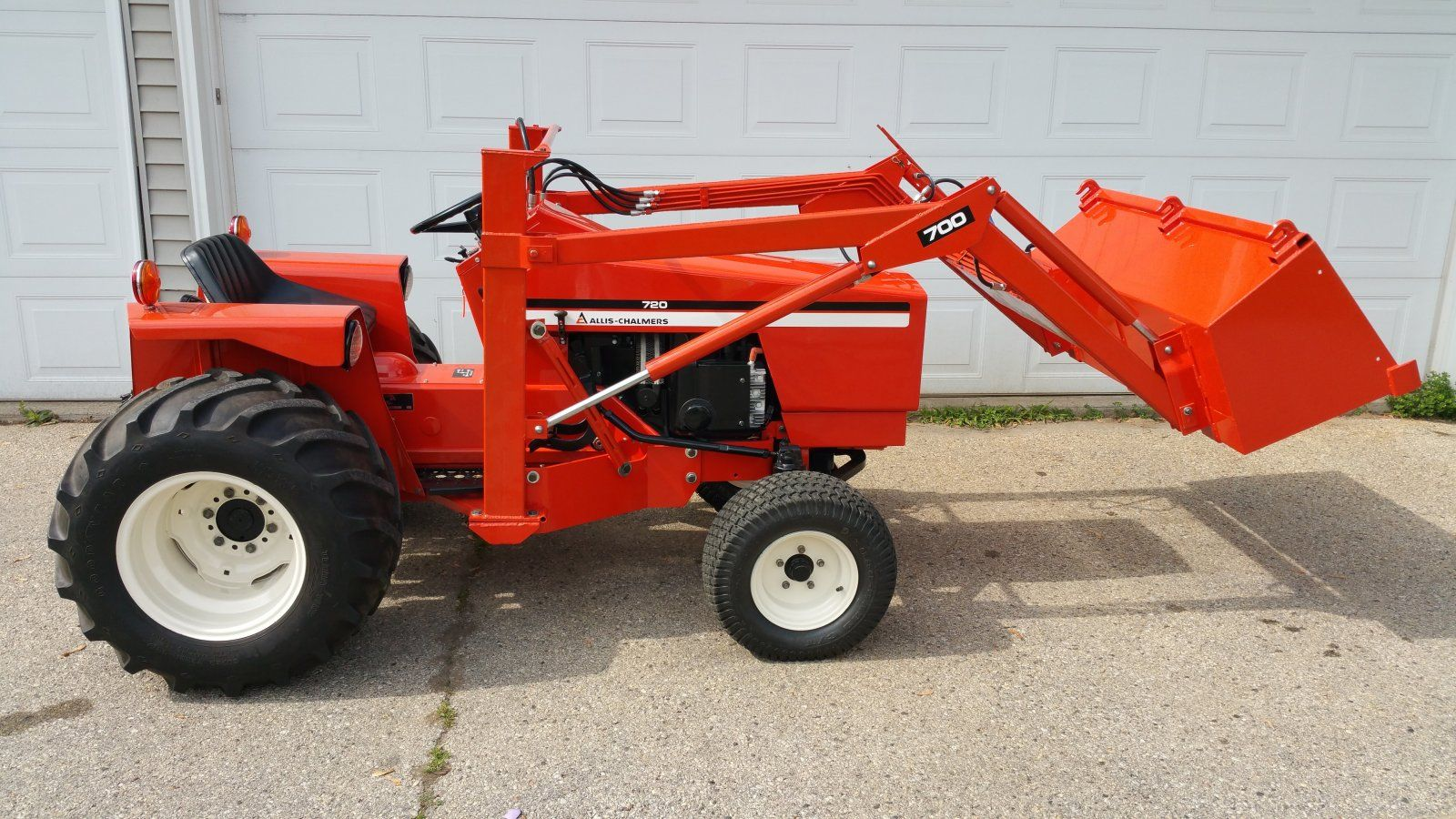 Allis Chalmers 720 Garden Tractor And Loader