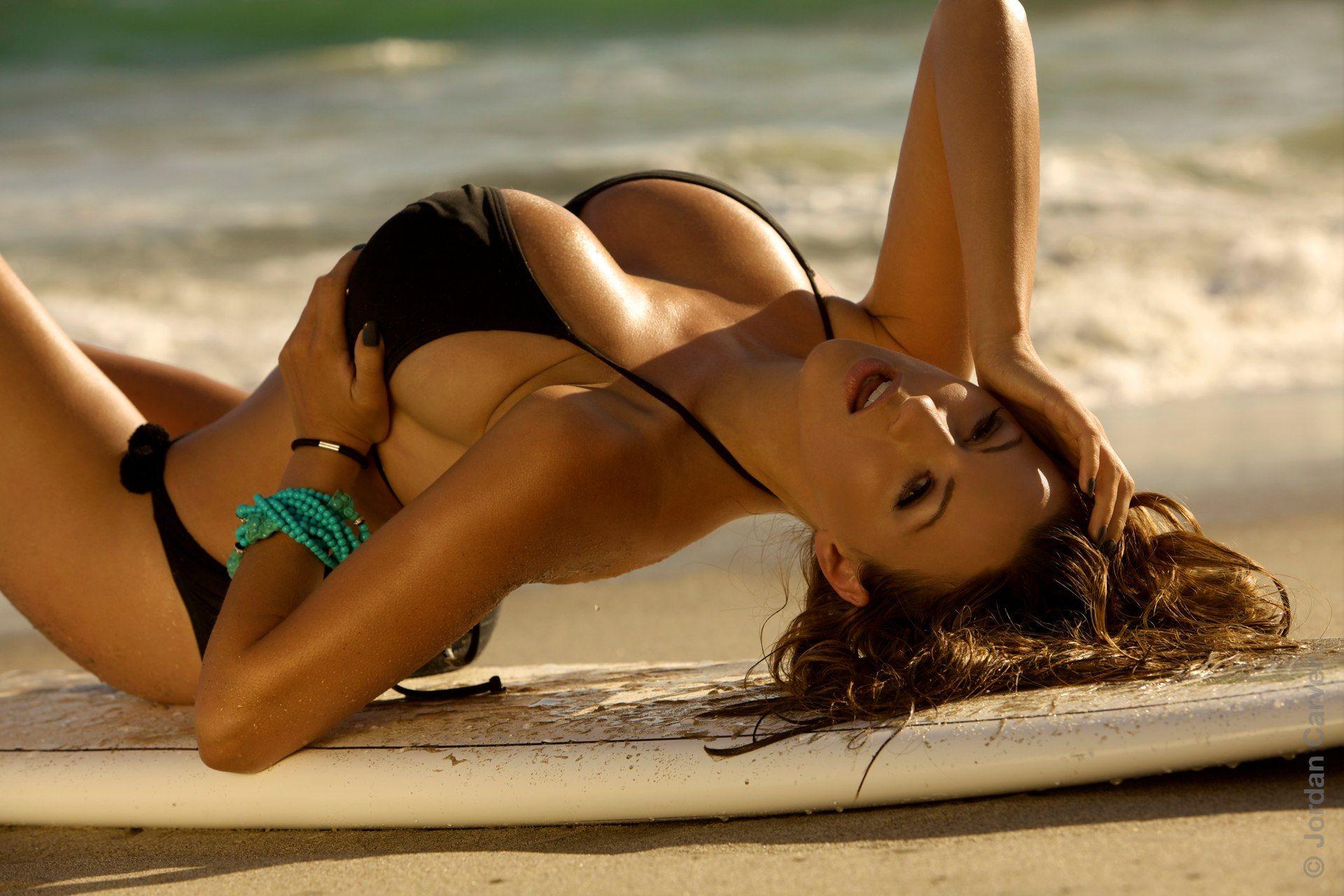 Bikini hot pictures porno latinas