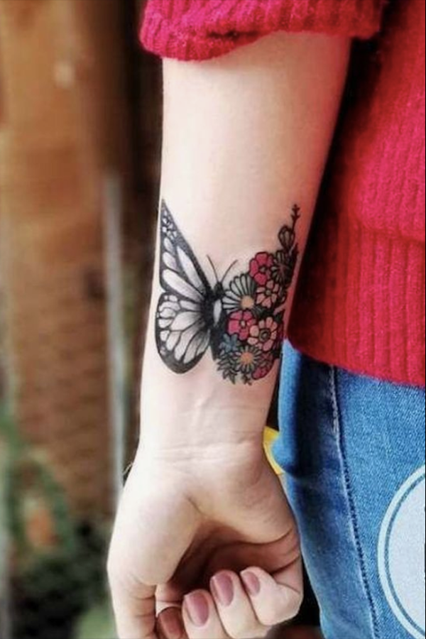 20 Charming Butterfly Tattoos Mainly For Your Fingers Backs And Arms In 2020 Butterfly Tattoos For Women Tattoos For Women Wrist Tattoos For Women