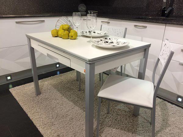 mesa moderna cocina con los extremos redondos, es una buena opcion ...