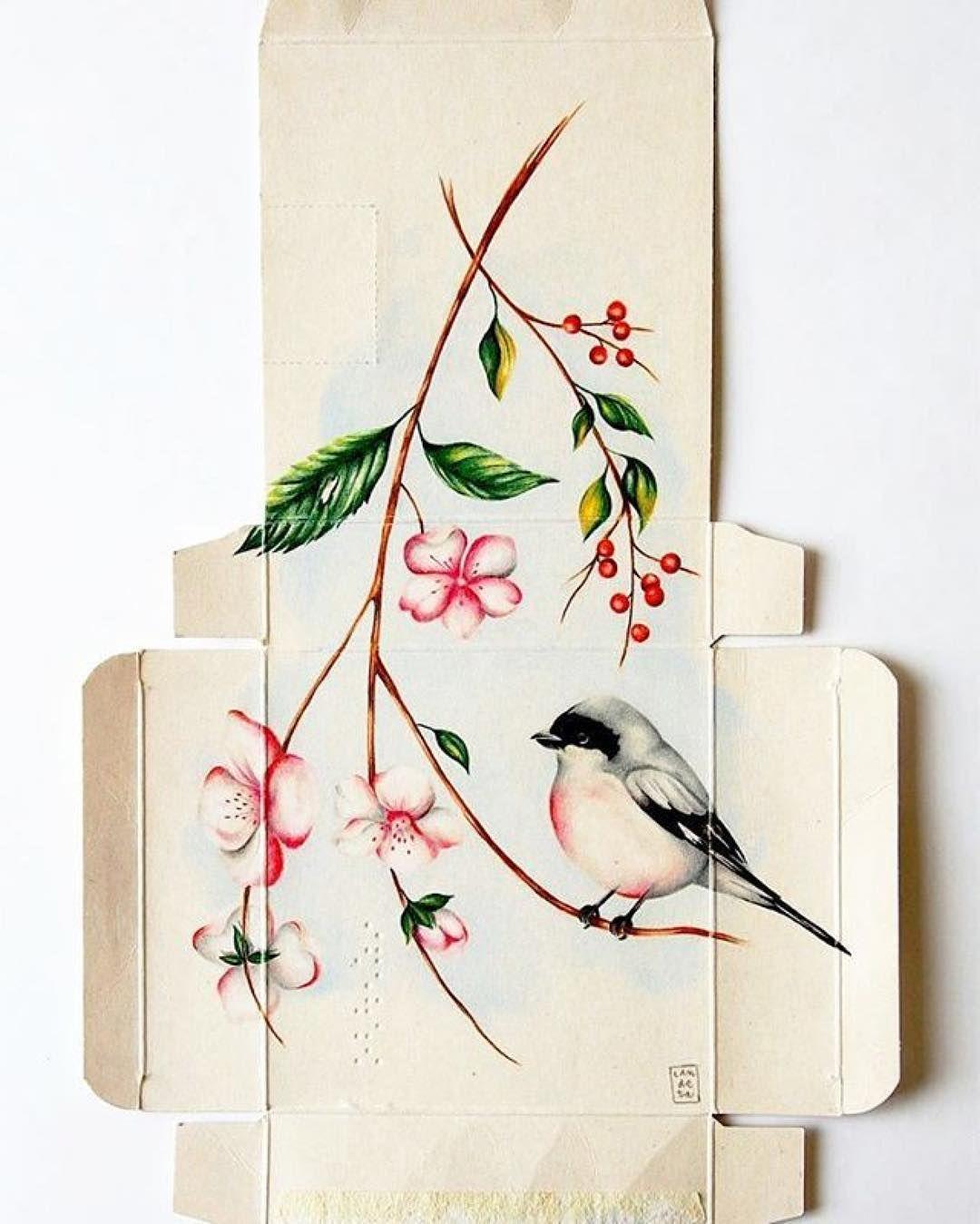 Pájaros y cajas de medicamentos #Repost @landeta__s  Merry Christmas to all!