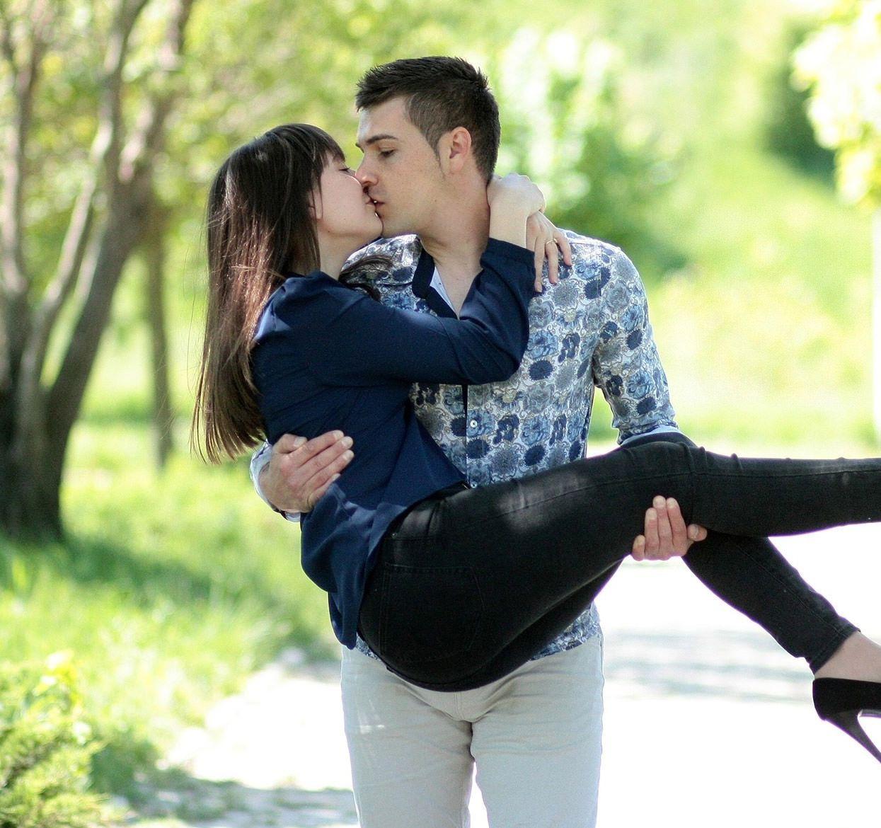 Love Couple Romantic Hd Images Love Couple Romantic Photo Love