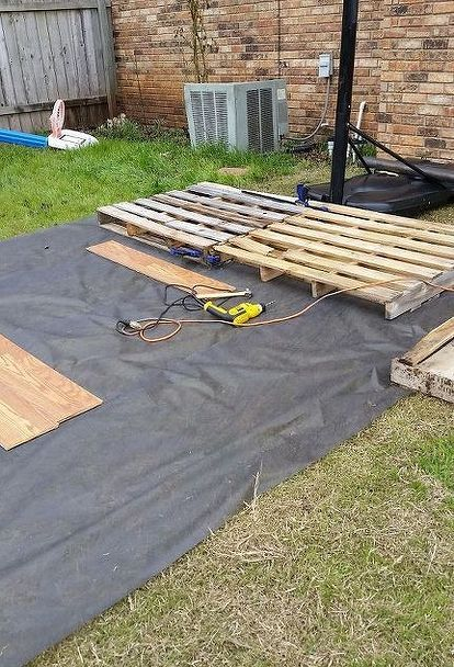 Diy Pallet Basketball Court Outdoor Diy Basketball Court Basketball Court Backyard