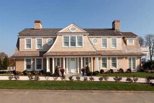 Chatham, MA - Cape Cod Jewel. If I had $4 million lying around, I'd drop it on this house. Perfection.